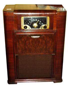 Zenith Console Radio : The Rare Bear Antiques & Collectibles